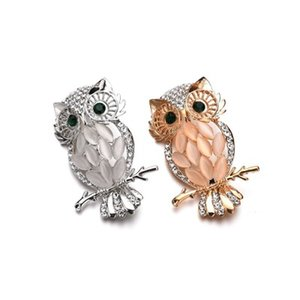 Wholesale Europe And The United States New Trend Crystal Alloy With Rhinestones Cat s Eye Pin Animal Owl Brooch