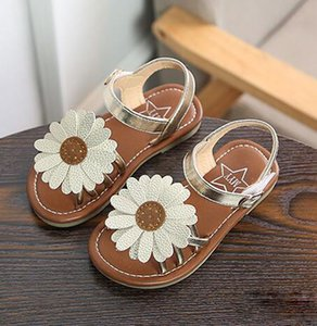 2018 Kids Desginer Shoes Sun Flower Style Students shoes sandal Girls Chrysanthemum Design sandal beach shoes Free Shipping on Sale