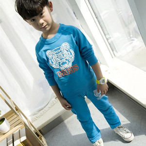 bebé pantalones de los niños de tigre al por mayor-2PCS Baby Boy Suit Cartoon Tiger Sweater Head PARIS Color azul negro algodón Set para niños de manga larga suéter y pantalones