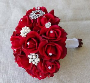 ingrosso rose di gioielli-Red Silk Pearl Spilla Wedding Bouquet Natural Touch Rose e Natale spilla gioiello bouquet sposa Strass accessorio di nozze