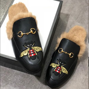 Men Fur Slippers Luxury Designer Fashion Loafers Embroidery Princetown Mules Flats Tiger Bee Snake Shoes Metal Chain Ladies Casual Flats w01