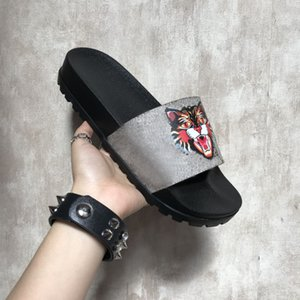 Wholesale best cat boxes resale online - Slippers New Grey Fashion Sandals Men Women Slippers Tiger Cat Design Summer Huaraches slippers flip Best Quality With BoX