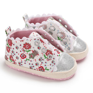 Wholesale Autumn baby girl shoes infant kids floral printed lace princess shoes toddler kids non slip Pre walkers shoe kids designer shoes F0194