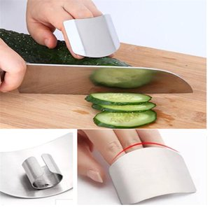 Wholesale stainless steel finger protection tools safety slicing Finger guard kitchen accessories kitchen Furniture Cooking Gadgets T5I003