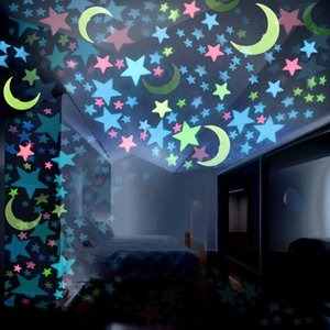 Wholesale 100pcs set Star and Moon Wall Stickers Glow In The Dark Stars Sticker Decals for Kids Baby rooms Colorful Plastic Fluorescent Stickers