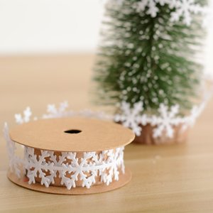 Wholesale 2 cm cm Snowflake Leaves ribbon Christmas Tree Ornaments Wedding Party Xmas Tree Home Valentine s Day Decorations