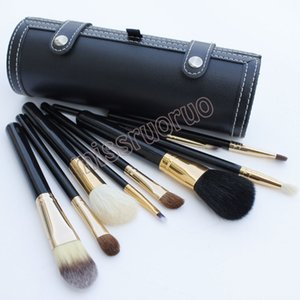 Wholesale Hot Selling set Portable Travel Kits Wooden handle animal hair brush bucket make up brush with Round Barrel