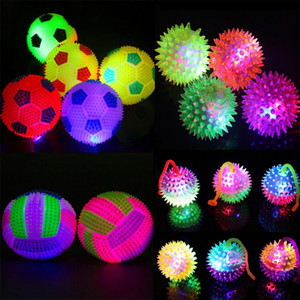 Wholesale Colorful Light Up Bouncing Ball Flashing Football Volleyball Squeeze Massage Ball Toys Festive Birthday Glow Party Supplies