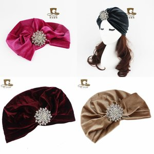 European And America Popular Women Turban New Style Velvet Alloy Drill Brooch Beanie Brand Designer Cap High Quality 11yd Ww
