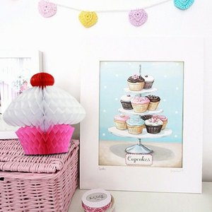 New Design 10pc 20cm Tissue Paper Cupcake Kids Birthday Party Decoration Hanging Cupcake Bauble Pendant Summer Garden
