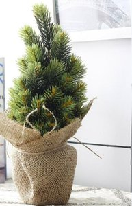 Wholesale Wedding Christmas Vase Tree Set New Year Artificial Small Potted Pine Tree Branch With Linen Basket Vase For Xmas Decoration Ornaments