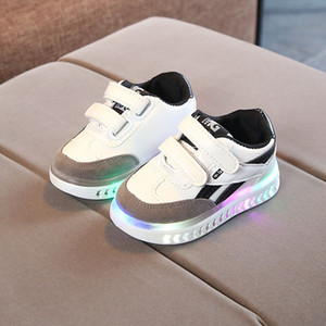 High quality European LED lighted Patchwork kids sneakers Hoop&Loop girls boys shoes fashion children casual shoes Non-slip Hot products