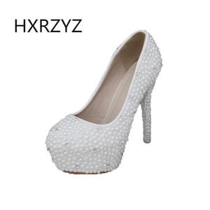 Wholesale women shoes ladies luxury pearl crystal diamond wedding shoes Waterproof platform bridal and high heeled dresss pumps