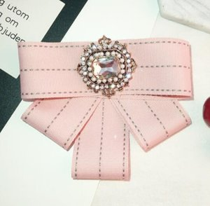 Vintage Diamond Pearl Bow Shape Jacket Cardigan Brooch Corsage Female