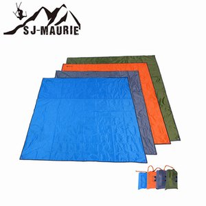 Wholesale Waterproof Beach Mat Outdoor Blanket Portable Picnic Mat Camping Barbecue Pad Mattress Sun Shelter Awning Sleeping