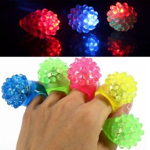 Wholesale LED Flashing Strawberry Finger Ring Bar Rave Light Up LED Flashing Jelly Rings for Prom Party Decoration Christmas Gift