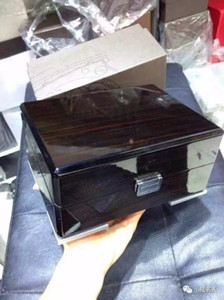 Wholesale luxury watch box or Original Suitable for High Grade Wristwatches Reatail Customize Boxes Hour Factory Price