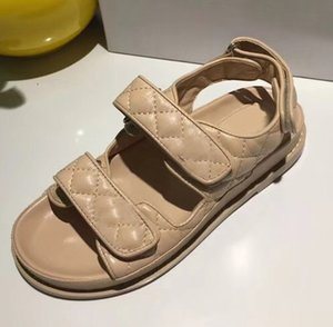 Wholesale Sandals casual leather flat sandals Summer new style small shoes Fashion comfortable leisure sports models Black White Brown Handmade leathe