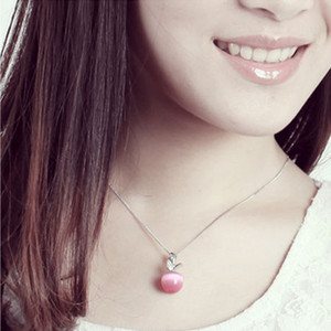 Wholesale New Cute Crystal And Opal White Pink Apple Pendant Necklace For Women And Girls Fashion Apple Shape Jewelry No Chain D0339New Cute Crystal H