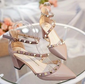 Wholesale Hot Sale Fashion Women Shoes Wedding Party Evening Pumps Kitten Heel Sexy Rivets Bridal Shoes With High Quality In stock