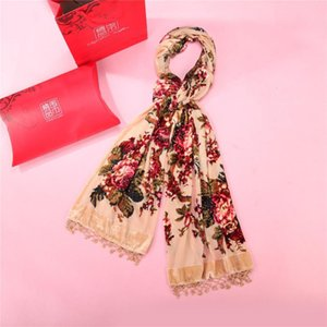 Wholesale New Style Yellow Hijab Shawl Scarf Women s Velvet Fashion Mujere Bufanda Tippet Floral Printed Female Long Scarves Head Wraps