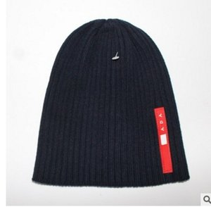 Wholesale HOT Fashion Mens Winter Hats Woman warm Hat Designer Hats Cute Girls Beanie Outdoors Cap Hat Brand Folds Casual Hats