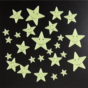Wholesale Smiley Face D Stars Wall Decals Glow In The Dark Nursery Room Color Stars Luminous Fluorescent Wall Stickers For Kids Rooms