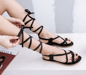 Casual beach shoes Straps hot sales 2018 summer fashion women shoes Skull flat sandals Hollow T-thong Roman sandals