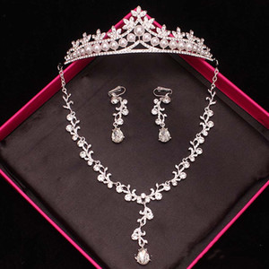 Wholesale Top Sale Bridal Jewelry Set Three Piece Crown Earring Necklace Jewelry Bling Bling Wedding Party Accessories