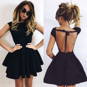 Simple Cheap Little Black Jewel Neck Ball Gown Homecoming Dresses Short Sleeves Backless Short Cocktail Dresses Party Prom Dress Gowns