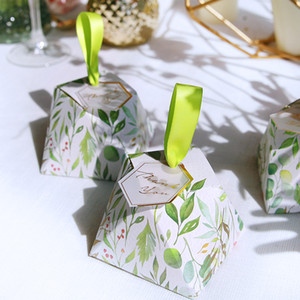 Wholesale Elegant Paper Favor holders candy boxes supplies wedding anniversary Birthday Favors gifts package