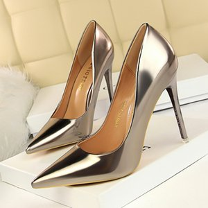 Wholesale European and American fashion metal heel shallow mouthed sexy nightclubs with ultra high heels more than CM generous women s single shoes