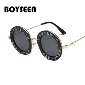 Wholesale Small Round Sunglasses Women Retro Fashion Pink Mirror Lens English Letters Frame Ladies Sun Glasses Shades