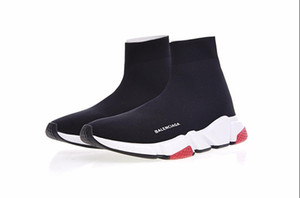 Wholesale 2019 High Quality Unisex Sports Shoes Flat Fashion Luxury Socks Boots Woman New Slip on Elastic Cloth Speed Trainer Man Running Shoes