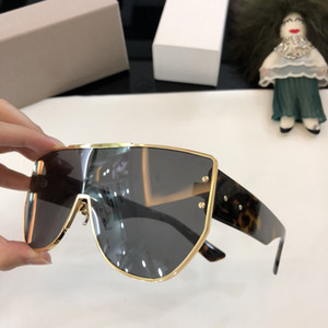 Wholesale Popular Sunglasses for Women Goggle Sunglasses Branded Big Frame Sunglasses Square Sun Glasses Mirror Pink with Original Box
