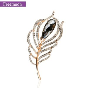 Wholesale Fashion Peacock feather Brooch Pin Crystal Costume Jewelry Metal Scarf Pins Accessories Jewelry Brooches For Wedding