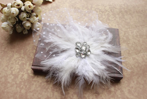 Wholesale Beautiful Charming white Wedding Hats Birdcage Face Veil Bridal Flower Feathers Fascinator cheap price