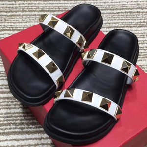 Wholesale summer new style designer leather Slipper rivet strap breathable sandals black colors fashion flat heel shoes