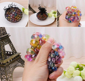 Wholesale Novelty Anti Stress Mesh Face Reliever Grape Ball Autism Mood Squeeze Relief Healthy Toy Funny Gadget Vent Decompression Toys Gifts
