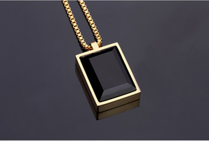 Wholesale GOOD Gift Small Pendant Necklace Simple Luxury Black Square Created Gem Crystal Rhinestone Choker Rose Gold Jewelry Men Women