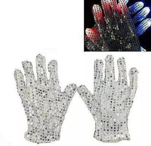Wholesale Sequins Light Gloves LED Colorful Flashing Finger Lighting Gloves LED Gloves Halloween Christmas Party Dance Mittens