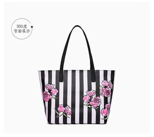 Wholesale Fashion Style Black Flower Totes Victoria Classic Love Pink Secret Cosmetic Bag Zipper Handbag Portable Storage Bag