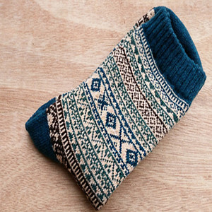 Autumn Winter Man Wool Nation Male Happy Mens Novelty Long Socks Men Funny Cotton2PCS=1PAIRS