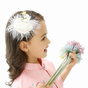 Wholesale Baby Girls White Swan Hair Clips cm Big Barrettes Glitter Crown Barrette with Feather Princess Hairpins Baby Hair Accessories