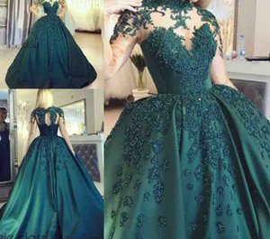 2020 Dark Green Long Sleeves Ball Gown Evening Dresses Vinatge Lace Appliqued Satin Prom Quinceanera Gown Plus Size Formal Party Wear on Sale