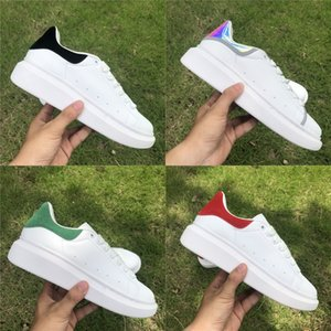 Wholesale Hot selling trendy Luxury fashion designer Shoes ACE Leather casual shoes grey clear jade black white Reflective mens womens sneakers
