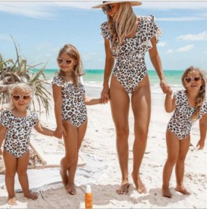 Wholesale 2019 European and American new parent-child swimsuit,Explosion mother and daughter ruffled swimwear bikini,Parent-child,Children's outdoor s