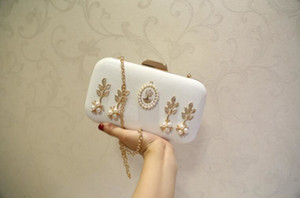 Wholesale shiny glitter leather resale online - White PU Leather Diamond Figure Shiny Women Evening Bag Fashion Wedding Women Clutch Bag With Chain Luxury Glitter Party Bridal Ladies Handb