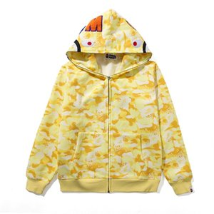 Wholesale Newest Men Women Red Blue Camo Plus Velvet Sport Hip Hop Sweater Lover Yellow Blue Pink Camo Hooded Hoodies Jacket