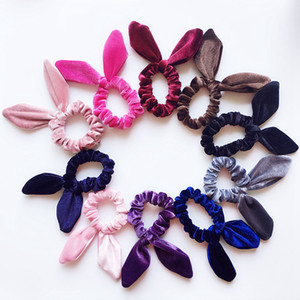 ingrosso coniglio corda-Orecchie ragazze Velvet Bunny corda elastica dei capelli Bambino Accessori Coda di cavallo Rabbit Ears Hairbands bambini Scrunchy Hairbands RRA2250